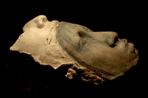 """"""" roby a goccia """" - 2000, cm 70x30x20, fired clay, private collection"""